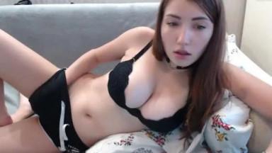 Busty Milf babe masturbating